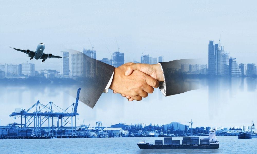 外部組織の知識や技術を共有できる
