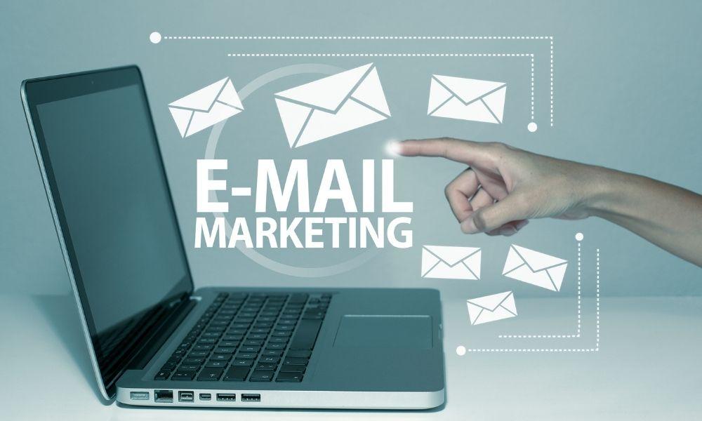 メール広告